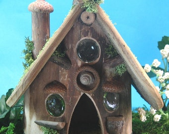 Woodlands fairy or gnome house for your miniature garden