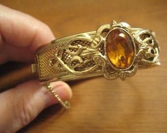 Whiting & Davis Gold Tone Mesh HInged Bangle Bracelet from the 50s