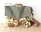 SALE commuter • crossbody messenger bag - vintage floral print • forest green leather - canvas - 70s vintage floral print canvas