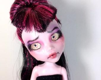 OOAK Monster High Repaint Draculaura