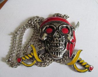 big skull pendent