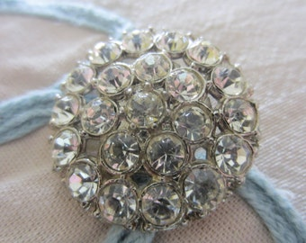 Vintage Button -   large and beautiful flower design, silver finish metal, rhinestone embellished (lot aug 84)