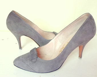 Vintage Gray Heels - 1950s Troylings Gray Suede Vintage Shoes Size 5.5 - 50s Pumps