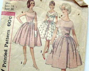 1960 Vintage Sewing Pattern - Full Skirt DRESS with Rick Rack Trim - Simplicity 4343 / Size 14
