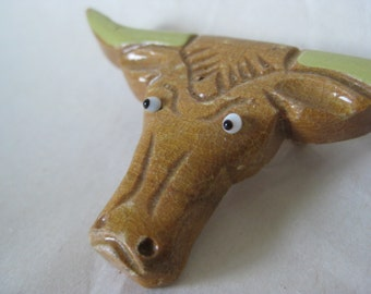 Long Horn Brooch Wood Tan Off White Vintage Pin Cattle Carved