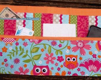 Owl Vendor Craft Apron, Farmer's Market, Teacher Apron, Utility Apron, Garden apron