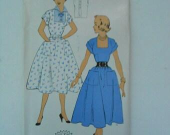 Vintage 50s Square Neckline Dress Pattern New York 1289 Size 16 Bust 34 UNCUT