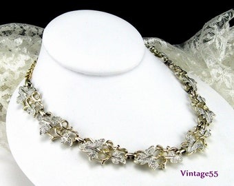 Necklace Grape leaf Sarah Coventry Plain and Fancy