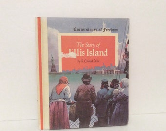 vintage 1979 childrens book // the story of Ellis Island // illustrated kids New York