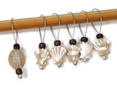 Knitting Stitch Markers Snagless Knitting Tools Beaded Seashell Beige Cream Brown Gift for Knitter