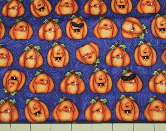 Fat Quarter Adorable Silly Grinning Pumpkins Halloween Fabric