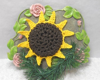 Pot Scrubbers. Sunflowers, yellow, brown, scour pad, cleaning aid, kitchen, home, durable, scrubbie, eco-friendly. 2pk of Sunflowers.