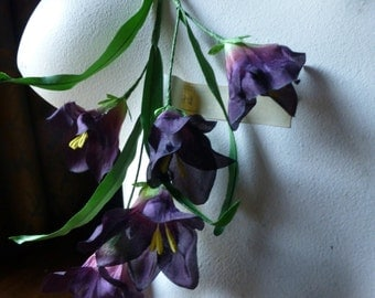 SALE Vintage Silk Flowers Freesia in Italian Plum Purple for Hats, Corsages, Costume Design MF 242