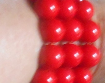 RED BEADS Tripple Strand Stretch Bracelet