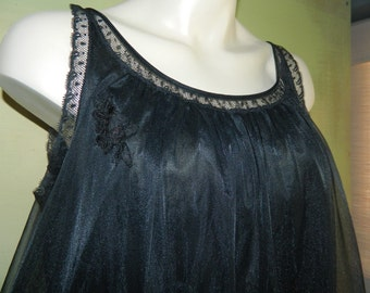 M Lorraine Double Layer Black Chiffon and Satin Negligee Night Gown Applique