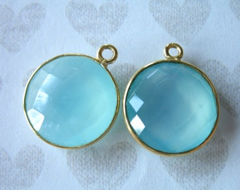 Shop Sale.. 2 5 10 pc, CHALCEDONY Bezel Gem Charm Pendants, Bezel Set Gem Stone, 20x16 mm, 24k Gold Vermeil, 20x16 mm round gcp9 gp