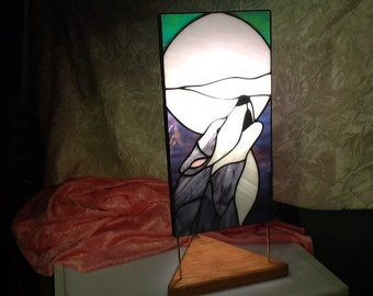 Howling Wolf Stained Glass Lamp