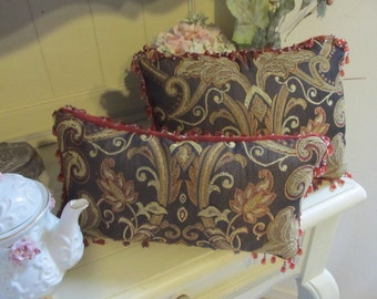 Decorative pillow set of two