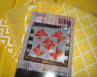 Lily Quilt Kit in yellow