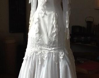 Gorgeous vintage Wedding Dress @ size 8