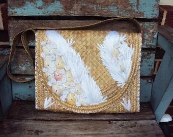 Vintage Mid Century Handbag Purse Leaf Shells raffia Straw Bag Tote  Mod Mad Men Era