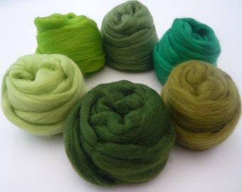 Heidifeathers Merino Wool Tops 'Gleeful Greens'