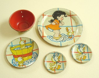 Ohio Art tin dishes, yellow duckie bath, vintage instant collection, 5 piece set, childs tin toy dishes, collectible litho art