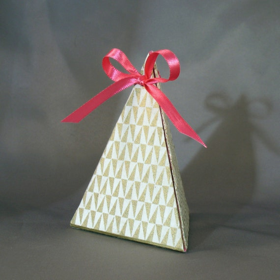 Gold Pyramid Favor Boxes : Pink gold pyramid gift box from elegantmess on etsy studio