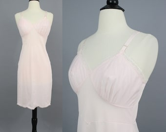 vintage 60s Pale Pink Full Slip / 1960s Shadowline Lacy Feminine Floral Lace Dress Slip Lingerie / Small 34