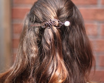 Swirly celtic knot infinity hair pin or shawl pin in copper with a pearl hair fork - Hair pin - Hair barrette - Hair slide - Hair fork