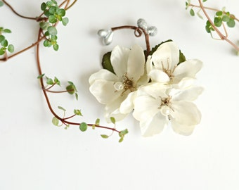 Ivory flower clip, wedding hair clip, bridal headpiece, ivory floral hair pin, flower hair piece, wedding hair accessory - Diana