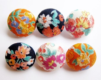 Fabric Covered Buttons - Floral in Blue White Orange - 6 Medium Buttons