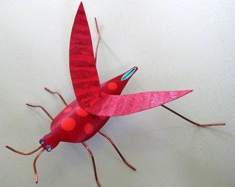 Grasshopper Garden Art - 3D Recycled Metal Garden Sculpture Free Standing