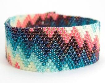 PARTY CAKE Peyote Bracelet, Rainbow Jewelry, Colorful Bracelet, Seed Bead Cuff Bracelet, Zig Zag Pattern, Chevron Stripes, Seed Bead Jewelry