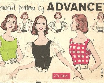 Advance 9376 / Vintage 60s Sewing Pattern / Blouse Shirt Top / Size 12 Bust 32