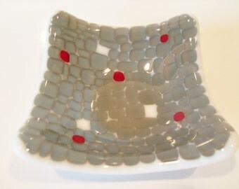Fused Art GLass Dish // Grey // Gray // Red // White // Trinket // Keys // Change // Small // Modern // Contemporary // Fathers Day// Little