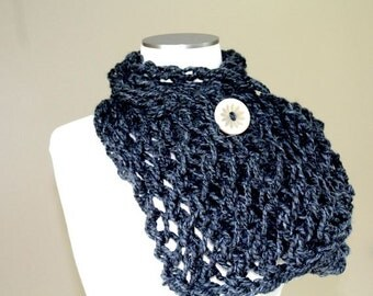 Charcoal Gray Big Knit Button Scarf, Chunky Knit Button Scarf, Button Scarf Grey, Fall Fashion Trends, Back to School, JeanieBeanHandknits