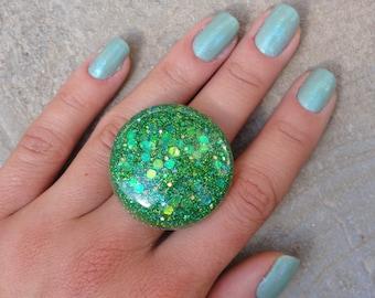 Green Mermaid Glitter Bubble Ring, Iridescent Green Glitter Resin Statement Ring, Green Glitter Fairy Bubble Ring, Glitter Fusion Original