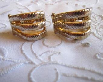 Vintage Monet Gold Tone Triple Rope Patterned Clip On Earrings