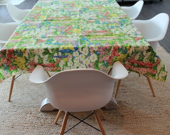 Floral Tablecloth, Vintage Tablecloth, Cloth Tablecloth, cottage table cover,  flower table setting, retro flower