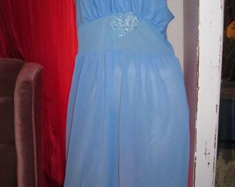 Vintage Nightie womens size large Dusty Blue
