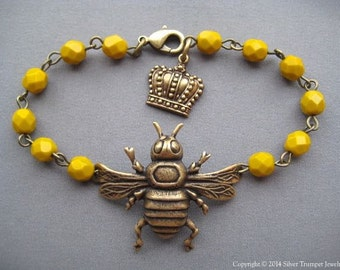 Bee Bracelet - Bee Jewelry - Mustard Yellow Jewelry - Queen Bee - Glass Bead Bracelet - Nature Jewelry - Bumblebee Jewelry - Honeybee
