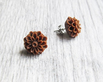Earrings brown dahlia flower with stainless stud