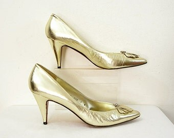 Vintage 1980s Gold High Heels Rhinestones Bright Gold Pumps Party Shoes / U. S. 6 to 6.5N