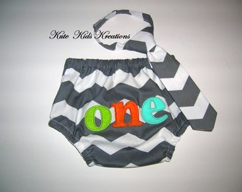 Baby Boy's Diaper Cover and Necktie/Chevron Fabric/Available in Several Colors/One Applique/Photo Prop/Made to Order