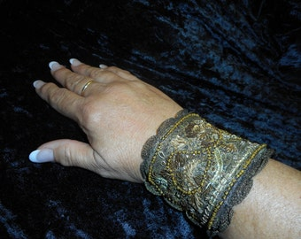 x Fabulous Bracelet Designer Made of Vintage Trims on Metal Cuff (FF082015-01)