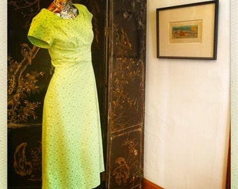 60s Lime Cotton Eyelet Dress                        International Shipping