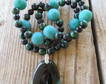 Green Tigers Eye Black Faceted Agate and Green Frosted Agate Beaded Necklace with Green Druzy Agate Pendant