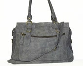 RINA XXL. Leather handbag tote // Leather handbag cross-body bag in vintage light grey fits a 17 inches laptop