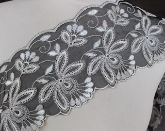 Cute  embroidered   trim 1  yards listing